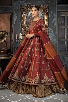 Get faiza b faux georgette net salwar suit. Castillofab is salwar suits top wholesaler in india. Bridal Mehndi Dresses, Pakistani Wedding Outfits, Bridal Dress Design, Pakistani Wedding Dresses, Bridal Outfits, Bridal Lehenga, Shadi Dresses, Indian Dresses, Indian Outfits