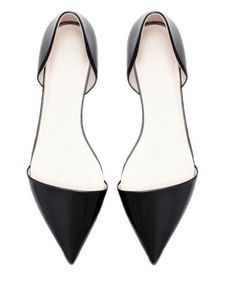 Pointed Flat Shoes.  Only $36!!  I might need to buy these right now.
