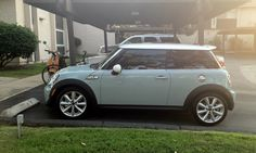 MINI Cooper (2012) Ice Blue