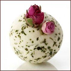DIY Bath Truffles ~ DIY Gift Ideas for Women ~ just sooo floral da bath bomb