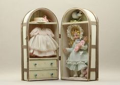 1:12th scale miniature doll in presentation/wardrobe case by Pat Melvin IGMA artisan