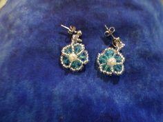 Flower dangle post earrings