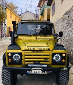 Lifted Ford Trucks, Custom Trucks, Pickup Trucks, Land Rover Defender 110, Defender 90, Landrover Defender, Best Suv Cars, Land Rover Models, Suv 4x4