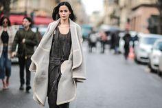 Pin for Later: Retour Sur les Meilleurs Looks Street Style de la Fashion Week de Paris Jour 3 Leigh Lezark