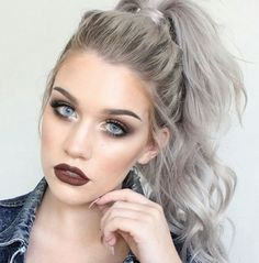 cool Grey Hair Looks And An Easy Tutorial That Will Have You Dying Your Hair Pronto Grey Hair Looks, Dying Your Hair, Silver Grey Hair, Grey Blonde Hair, Grey Hair Grey Eyes, Grey Hair Fix, Grey Dyed Hair, Grey White Hair, Silver Ombre