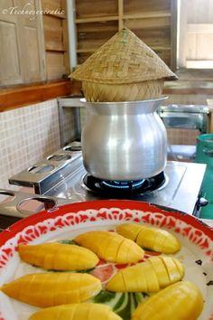 Mmm...we love Thai mangoes! Koh #Samui