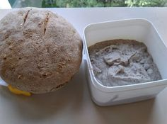 Crissy recipes: Pate de fasole mung Dairy, Bread, Cheese, Dinner, Recipes, Food, Dining, Brot, Food Dinners