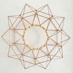 Copper Starburst Geometric Wreath Modern Wreath with Natural Geometric Decor, Geometric Designs, Sunburst Wall Decor, Straw Art, Straw Crafts, Modern Wreath, Diy Arts And Crafts, How To Make Wreaths, Wooden Beads