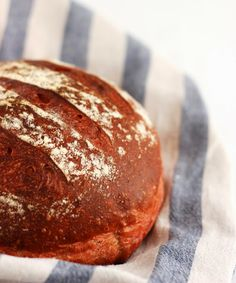Pane ale barbabietole - Red Beet Bread