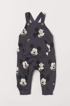 H&M Patterned Bib Overalls - Gray clothing disney, Patterned Overalls - Dark gray/Mickey Mouse - Cute Baby Boy Outfits, Baby Boy Shoes, Cute Baby Clothes, Toddler Outfits, Kids Outfits, Disney Baby Outfits, Toddler Boys Clothes, Disney Baby Clothes Boy, Newborn Boy Clothes