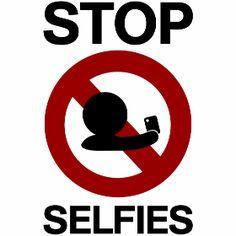 stop selfies Verbotsschild - Stop mit Selfies, mit seinen Handy ein Portrait von sich selber machen.
