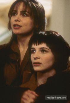 The Unbearable Lightness of Being (1988) Lena Olin and Juliette Binoche