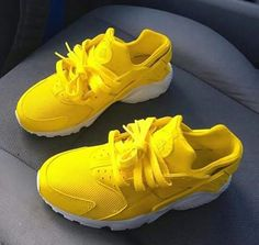 Nike air huarache lemon with white sole. The base shoe is triple white nike air huarache which is then prepared and customised using professional products and … Cute Sneakers, Cute Shoes, Me Too Shoes, Shoes Sneakers, Adidas Shoes, Nike Air Huarache, Shoes Valentino, Balenciaga Shoes, Chanel Shoes