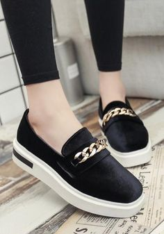 712ed41b14 Buy Black Round Toe Flat Chain Casual Ankle Shoes online with cheap prices  and discover fashion