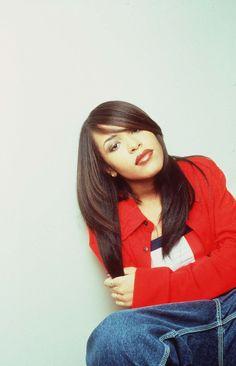 Aaliyah nothing more beautiful Style Aaliyah, Aaliyah Miss You, Rip Aaliyah, Aaliyah Songs, Aaliyah Outfits, Hip Hop, Black Is Beautiful, Beautiful People, Beautiful Ladies