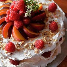 Sweet life....#pavlova #pavlovas #fruits #fruity #fruit #topping #sweety #sweets #sweetie #peach #peachy #raspberry #raspberries #raspberrys #raspberri  #Repost @foodlovepassion83 https://plus.google.com/+Jpkc13/posts/GMm5NXYGo54