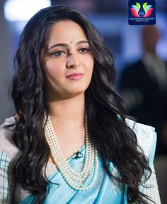 Get Actress Anushka Shetty Hot Pictures, Latest Images, HD Photos or New Sexy Bikini or Saree Pictures or Upcoming Movies HD Wallpapers Gallery. Beautiful Bollywood Actress, Most Beautiful Indian Actress, Beautiful Actresses, Bollywood Style, Indian Celebrities, Bollywood Celebrities, Anushka Shetty Saree, Anushka Shetty Bahubali, Anushka Photos