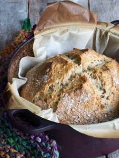 Eltefritt bread with hazelnuts and oats Piece Of Bread, Dessert Recipes, Desserts, Bread Recipes, Camembert Cheese, Banana Bread, Food And Drink, Scones, Chocolate