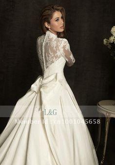 William-wedding-kate-wedding-dress-royal-wedding-dress-luxury-long-sleeve-lace-train.jpg 700×1,000 pixels