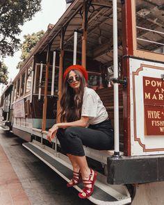 Poses For Photos, Photo Poses, San Francisco Pictures, San Francisco Photography, Instagram Pose, Insta Photo Ideas, Insta Pictures, Girl Photography Poses, Portraits