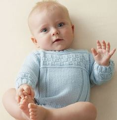 bra model layette sweater in wool - Free Patterns Baby - Phildar Kids Knitting Patterns, Knitting For Kids, Baby Patterns, Brei Baby, Pull Bebe, Baby Barn, Toddler Sweater, Baby Pullover, Little Boy Blue