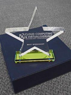 """Auszeichnung für Michael Voos mit dem """"Best Workshop Award"""" der Vogel IT-Akademie - Die PCS AG hat 2013 das erste Mal an der """"CLOUD COMPUTING & VIRTUALISIERUNG Technology Conference"""" teilgenommen. Voos referierte in seinem Vortrag """"SaaSify your Business!"""" über Cloud-Enabling und damit einhergehende neue Vermarktungschancen von Software. Traditionell wird im Anschluss eine Bewertung der Referenten vom Publikum abgegeben. Die beliebtesten werden daraufhin mit einem Award geehrt. www.pcs-ag.de"""