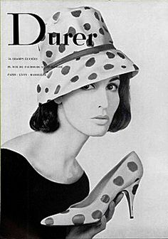1960 hat and high-heel shoes