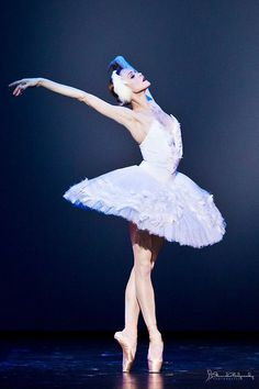 Uliana Lopatkina : a ballerina who believes ballet is a holy art, her performances reflect that belief with their astonishing integrity, intensity and sheer, overwhelming beauty