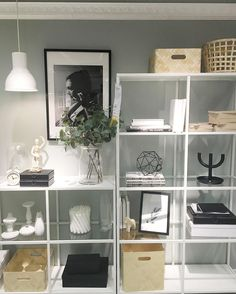 "110 Synes godt om, 1 kommentarer – IKEA Oldenburg (@ikea_oldenburg) på Instagram: ""In unserem VITTSJÖ Regal kommen deine Lieblingsstücke besonders gut zur Geltung.…"""