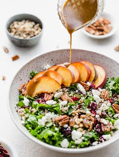 and Quinoa Salad (with peaches) has been on repeat at our house this summer. With two superfoods being the star of the show, kale and quinoa, this healthy and versatile salad is one you can make all year round! Side Dish Recipes, Easy Dinner Recipes, Dinner Ideas, Baker Recipes, Summer Recipes, Dessert Recipes, Granola, Healthy Salads, Healthy Recipes