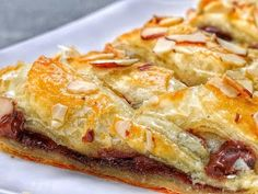 Tasty Recipes: This Easy Chocolate Almond Braid Is A Must-Try : Videos : Enstarz Tasty Videos, Food Videos, Breakfast Recipes, Dessert Recipes, Breakfast Cake, Breakfast Dishes, Scones, Muffins, Coffee Cake