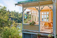 Energy Efficient Homes, Scandinavian Home, Cozy Living, House Design, Design Homes, Interior And Exterior, Farmhouse Style, Beautiful Homes, Building A House