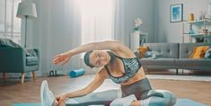 14 Easy Workout Moves You Can Do at Home - 14 Best Home Workouts for Women, According to Personal Trainers - 5 Day Workout Plan, 5 Day Workouts, Leg Workout At Home, Easy At Home Workouts, 30 Minute Workout, Best Workout Apps, Workout Ideas, Planet Fitness Workout, Fitness Gear