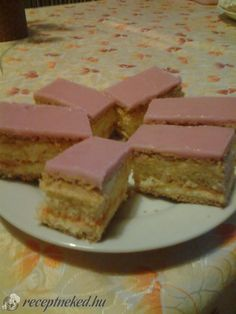 Érdekel a receptje? Kattints a képre! Küldte: kerimarcsi Pastry Recipes, Baking Recipes, Cake Recipes, Bread And Pastries, Cake Cookies, Caramel, Cheesecake, Muffin, Food And Drink