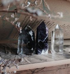 Smoky quartz, dark chevron Amethyst and clear quartz versatile use + desk… Crystals Minerals, Crystals And Gemstones, Stones And Crystals, Images Esthétiques, Soul Stone, Crystal Aesthetic, Crystal Magic, Crystal Healing, White Witch