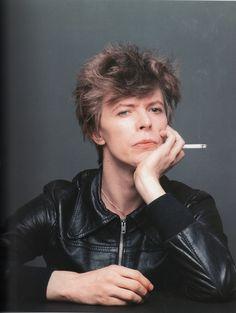 Bowie by Sukita, Kyoto, April 1977