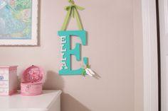 DIY : utiliser l'initiale du prénom de bébé pour décorer sa chambre - Neufmois.fr