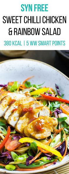 Slimming Syn Free Sweet Chilli Chicken with Rainbow Salad Healthy Diet Snacks, Healthy Eating Recipes, Diet Recipes, Healthy Eats, Savoury Recipes, Dinner Healthy, Easy Snacks, Salad Recipes