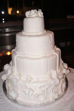 Wedding Cake - Pantheon Villas Santorini