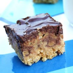Peanut Butter Cup Rice Krispie Treats ~ they sure look good!! Probably will never make them...then I would have to eat them!!