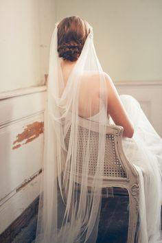 Beautiful and chic Wedding veil