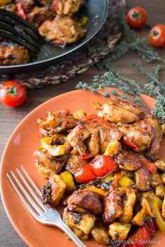 Foodaki: Fried Chicken, Peppers and Talagani (stir-fry chicken with cheese and peppers) Chicken Stir Fry, How To Cook Chicken, Fried Chicken, Greek Recipes, Asian Recipes, Healthy Recipes, Ethnic Recipes, Greek Dinners, Greek Cooking