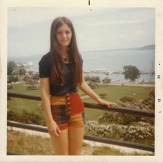 vintage everyday: Cool Polaroid Prints of Teen Girls in the 1970s