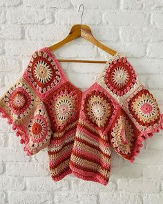 Crochet Summer Tops, Crochet Crop Top, Crochet Motif, Crochet Gifts, Diy Crochet, Granny Square Scarf, Sweaters For Women, Men Sweater, Long Cardigan