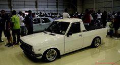 local Nissan 1400 Nissan Trucks, Toyota Trucks, Nissan Sunny, Classic Japanese Cars, Retro Cars, Custom Trucks, Old Cars, Jdm, Honda
