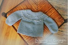 Le tuto: Brassière rangs raccourcis - Marie Claire Idées Tricot Baby, Baby Pullover, Baby Knitting, Two Piece Skirt Set, Classy, Wool, Cake Olives, Knitting Tutorials, Baby Knits