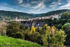 Castellfollit De La Roca, Catalunya