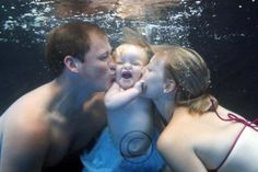 Family underwater portrait by: Kari Shepard  www.shepardswimschool.com Toddler Swimming Lessons, Swim Lessons, Swim School, Underwater Photography, Pool Houses, Unique Photo, Small Groups, Us Travel, Photoshoot
