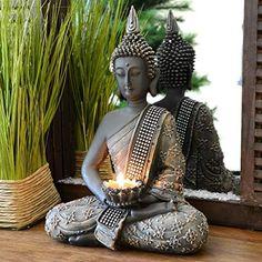 Tenere un Buddha in casa porta prosperità Buddha Statue Home, Buddha Home Decor, Zen Home Decor, Ethnic Home Decor, Buddha Art, Indian Home Decor, Room Door Design, Home Room Design, Spiritual Garden