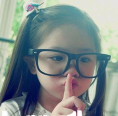 i want my future kids to look like her :D